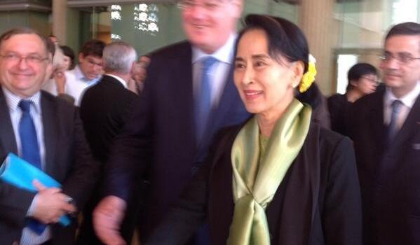 Rencontre avec Aung san suu kyi