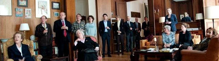 La Médaille d'Or des Droits de l'homme de la Sydney Peace Foundation remise à titre posthume à Stéphane Hessel
